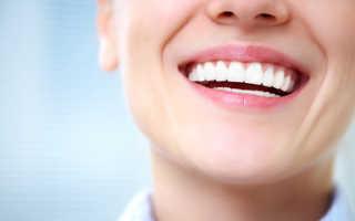 Как отбелить зубы домашних условиях